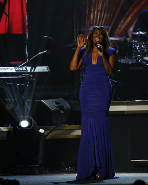 """Singer Yolanda Adams performs """"Jesus is Love"""" at the 2016 MusiCares Person of the Year gala in Los Angeles"""