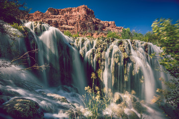 Fototapete - Countless braids of waterfalls