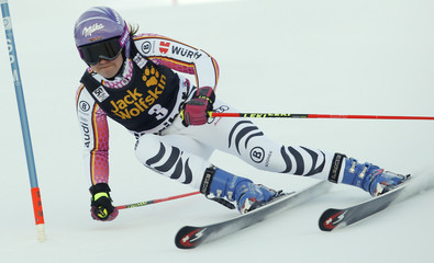 Alpine Skiing - FIS Alpine Skiing World Cup - Women's Giant Slalom