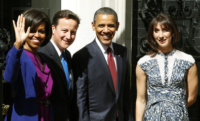 U.S. President Barack Obama and first lady Michelle Obama pose with Britain's Prime Minister David Cameron and his wife Samantha outside 10 Downing Street in London