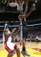 Spurs Leonard scores past Heat James in Game 2 of their NBA Finals basketball playoff in Miami