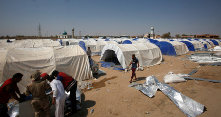 A makeshift camp for displaced people, who fled from the town of Garma, because of Islamic State violence, is seen in Falluja
