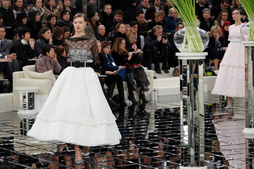 Model Lindsey Wixson presents a creation by German designer Karl Lagerfeld as part of his Haute Couture Spring/Summer 2017 fashion show for Chanel in Paris