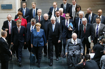 Members of Germany's conservative parties arrive for preliminary coalition with SPD at Parliamentary Society in Berlin