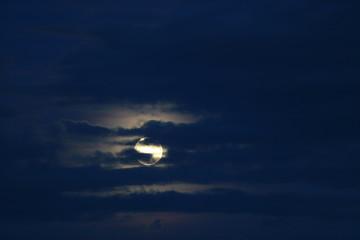 Hunter's Moon Supermoon rising. October 26, 2015.