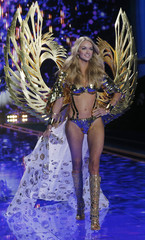 Model Lindsay Ellingson presents a creation at the 2014 Victoria's Secret Fashion Show in London