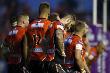 Castleford Tigers v Widnes Vikings - First Utility Super League