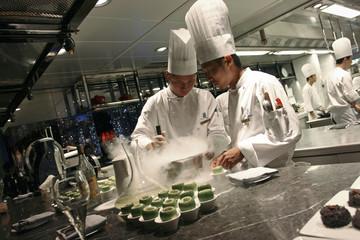 "Chefs prepare ""Caipirinha Nitro"" at Ritz Carlton hotel in Hong Kong"