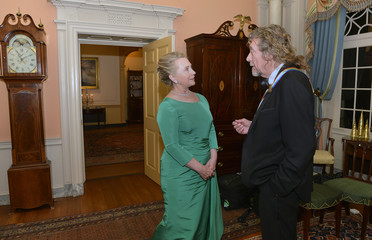 Plant, of Led Zeppelin meets Hillary Clinton at 2011 Kennedy Center Honorees gala dinner at the U.S. State Department
