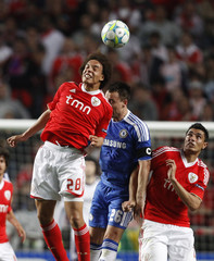 Chelsea's Terry and Benfica's Witsel battle for the ball during their Champions League quarter-final soccer match in Lisbon