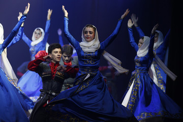 """The International Circassian Cultural Academy?s youth dance troupe """"The Young Highlanders"""" performs in Amman"""