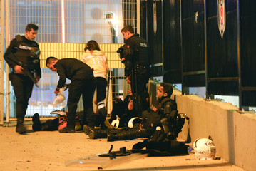 Turkish policemen at the site of an explosion in central Istanbul