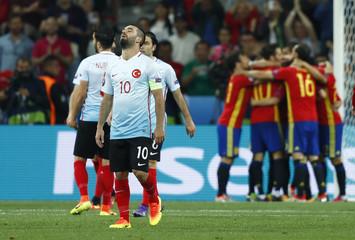 Spain v Turkey - EURO 2016 - Group D