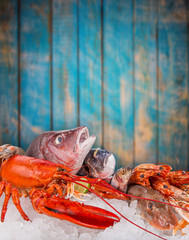 Wall Mural - Fresh tasty seafood served on crushed ice.