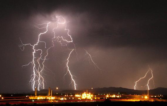 Mass lightning bolts light up night skies by Daggett airport