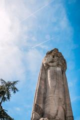 La grande statue de la Vierge du Mas Rillier à Miribel