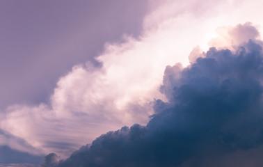 sky color before rain come