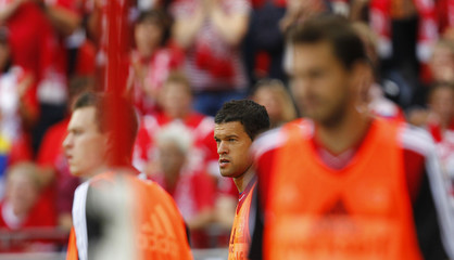 Michael Ballack substitute midfielder of Bayer Leverkusen (C) warms up during the German first division Bundesliga soccer match against FSV Mainz 05 in Mainz