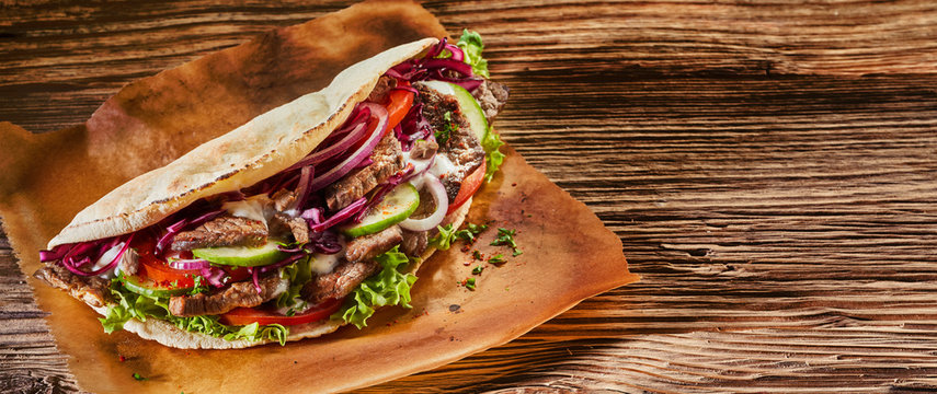 Panorama banner with spicy Turkish doner kebab