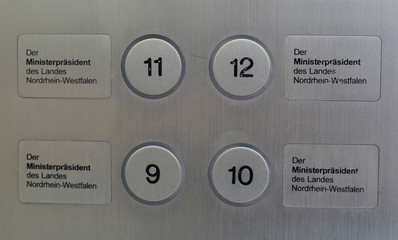 Picture shows the buttons in an elevator to the office of NRW premier Ruettgers in Duesseldorf