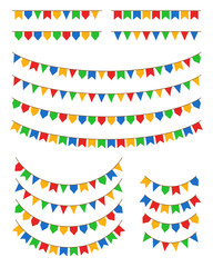 Festa Junina - ilustração vetorial de bandeirinhas coloridas de diversos formatos penduradas em cordas de diversos comprimentos