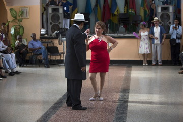 A couple from Mexico performs during the 9th International Festival Danzon in Havana
