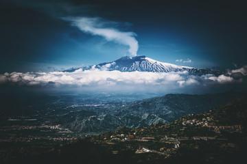 Mount Etna volcano, view from Taormina, Sicily Fototapete