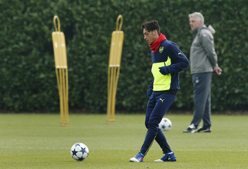 Arsenal's Mesut Ozil during training