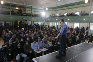 U.S. Republican presidential candidate and U.S. Senator Ted Cruz speaks during a campaign town hall meeting in Exeter