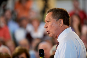 U.S. Republican presidential candidate and Ohio Governor John Kasich addresses a town hall meeting in Savage, Maryland