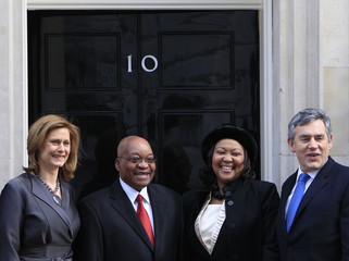 Britain's Prime Minister Gordon Brown and wife Sarah greet South Africa's President Jacob Zuma and his wife Tobeka Madiba at Downing Street in London