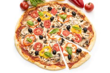 Foto auf AluDibond Lebensmittel Pizza with ham, pepper and olives
