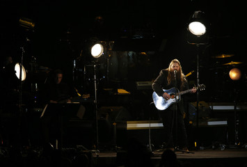 """Musician Chris Stapleton performs """"Lady""""at the 2016 MusiCares Person of the Year gala in Los Angeles"""