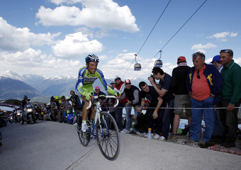 Basso climbs during the 16th stage of the Giro d'Italia from San Vigilio di Marebbe to Plan de Corones