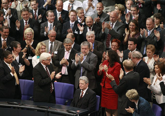 Opposition SPDand Greens candidate Gauck receives standing ovation after results were announced  in the German presidential election in Berlin