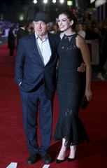 """U.S. actors Robert De Niro and Anne Hathaway pose for photographers at the European premiere of their film """"The Intern"""" in London, Britain"""