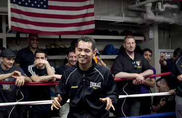 """Boxer Nonito Donaire jokes with the media during a """"Manhattan Media Workout"""" at the Mendez Boxing Gym in New York"""