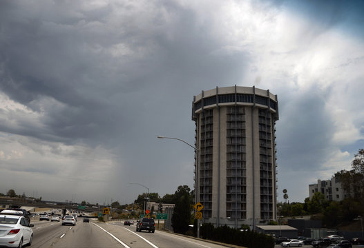 Huge monsoon storm cell is pictured over Venice Beach