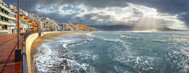 Wall Mural - Seascape of coastline in storm weather. Las Palmas, Gran Canaria, Spain