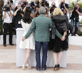 "Director Todd Haynes, cast members Rooney Mara and Cate Blanchett pose during a photocall for the film ""Carol"" in competition at the 68th Cannes Film Festival in Cannes"