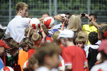 England's Hurt signs autographs during vist to local sports school in Krakow