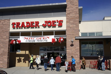 Shoppers line up to enter the new Trader Joe's store in Boulder