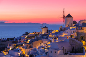 Foto auf Acrylglas Santorini Beautiful sunset in Santorini, Greece