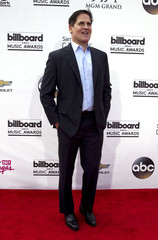 Businessman Mark Cuban arrives at the 2014 Billboard Music Awards in Las Vegas