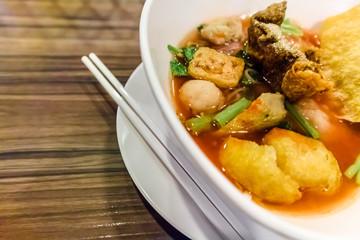 Thai noodle , Yentafo