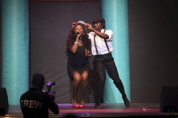Nigerian singer Waje performs on stage during the 24th edition of the Most Beautiful Girl in Nigeria(MGBN) beauty pegeant in Lagos