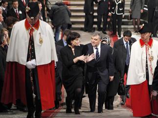 Switzerland's President Doris Leuthard speaks to Turkey's President Abdullah Gul at Switzerland's Federal Palace in Bern