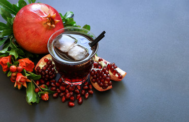 Pomegranate juice, fruit, seeds, branches.