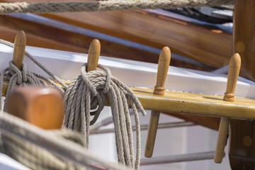 Takelwerk am Segelboot