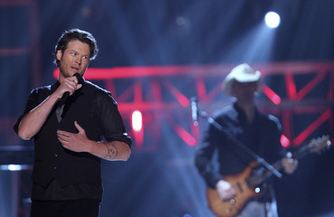 Shelton performs 'Hillbilly Bone' at the 45th annual Academy of Country Music Awards in Las Vegas